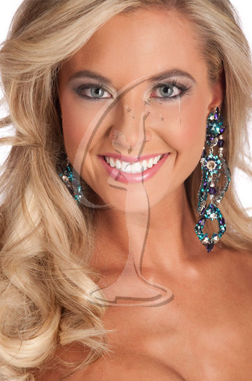 Miss Connecticut USA 2010 - Close-up
