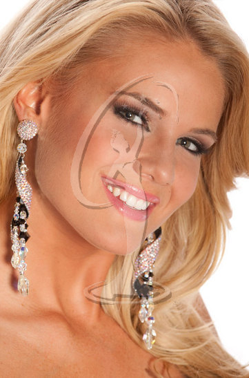 Miss Maine USA 2010 - Close-up