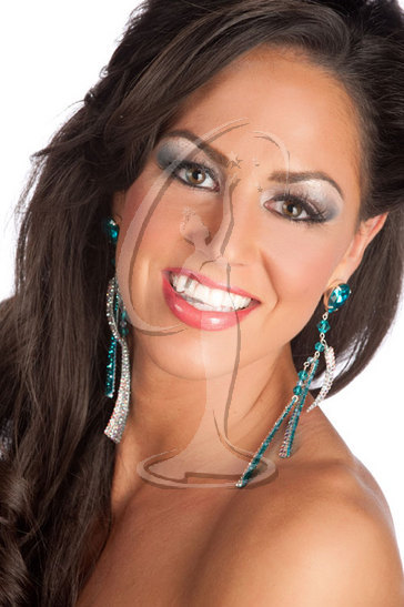 Miss New Hampshire USA 2010 - Close-up