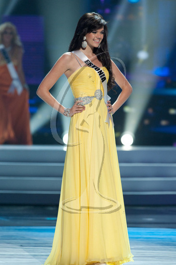 Estonia - Preliminary Competition Gown