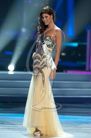 Paraguay - Preliminary Competition Gown