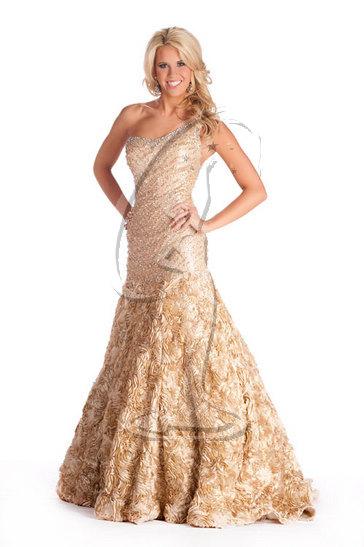 Miss Kentucky USA 2010 - Evening Gown