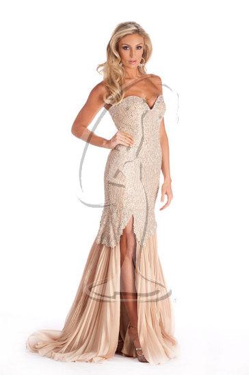 Miss Massachusetts USA 2010 - Evening Gown
