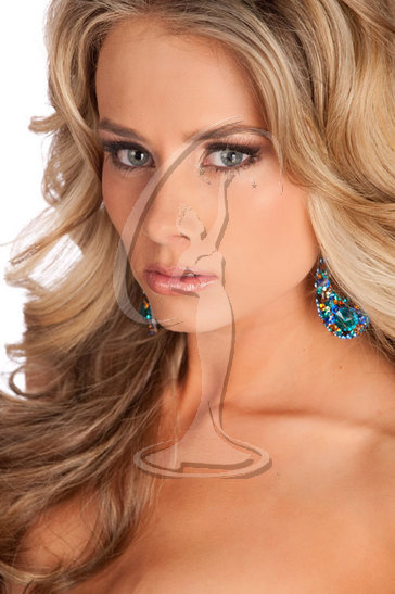 Miss Wyoming USA 2010 - Close-Up