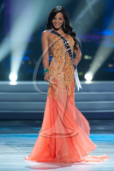 Dominican Republic - Preliminary Competition Gown