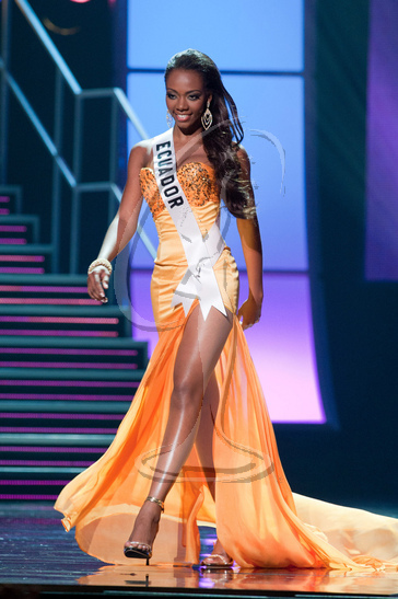 Ecuador - Preliminary Competition Gown