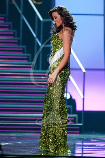 El Salvador - Preliminary Competition Gown