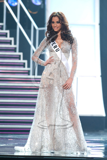Peru - Preliminary Competition Gown