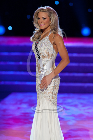 Wisconsin - Preliminary Competition Gown