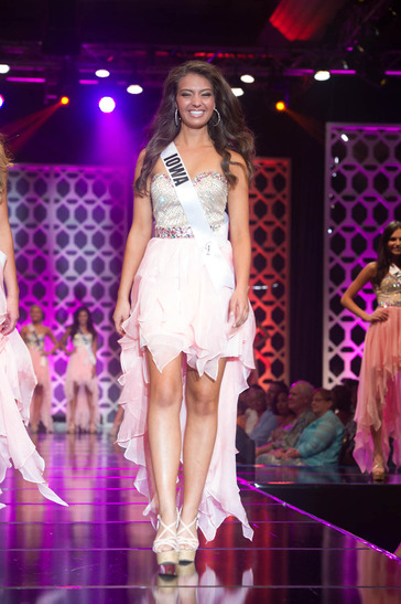 Miss Iowa TEEN USA 2014