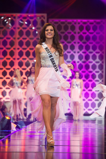Miss North Dakota TEEN USA 2014